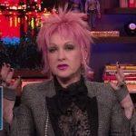 【80年代の歌姫】シンディ・ローパー、「ホワイトハウスを吹き飛ばしたい」マドンナを優しく諭す